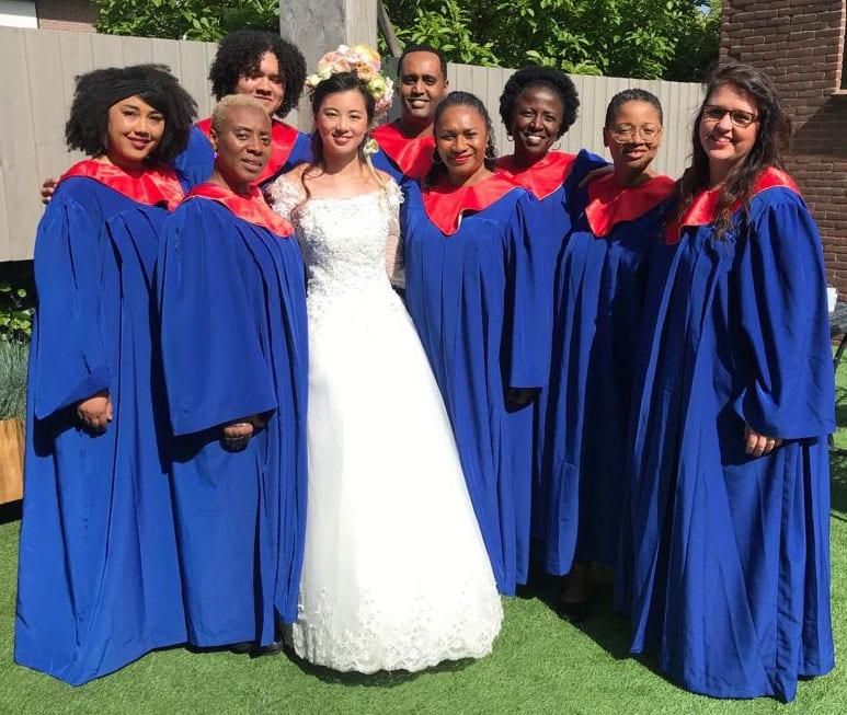 Ceremoniele trouwambtenaar en gospelkoor in één voor je bruiloft